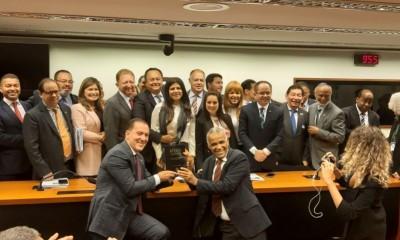 Silas Câmara e deputados da Bancada Evangélica