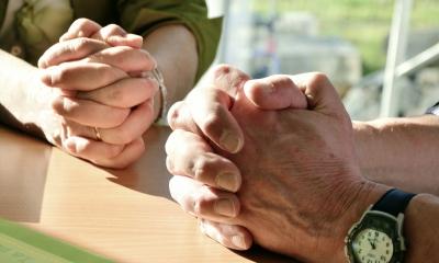 Protestantes americanos têm visões conflitantes sobre necessitarem de outros cristãos