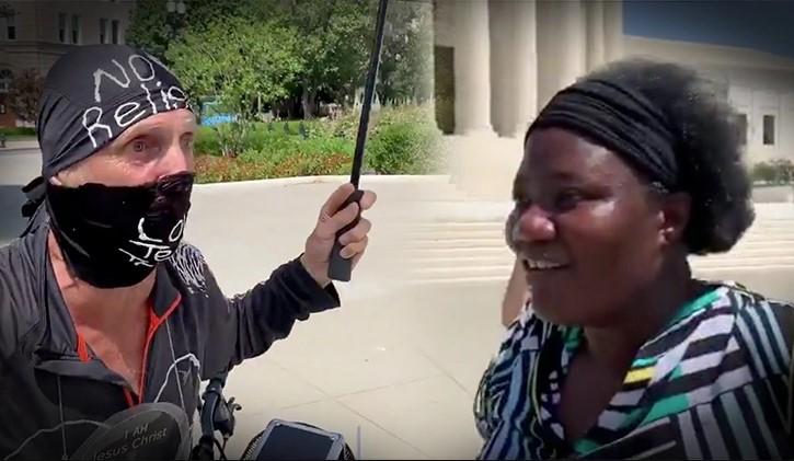 Militante do Black Lives Matter hostiliza médica negra que defendeu cloroquina