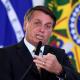'Quando a saliva acaba, é preciso ter pólvora', diz Bolsonaro, atacando Biden