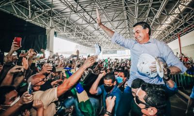 Brasil diminui infecções por COVID-19 e popularidade do Bolsonaro aumenta
