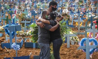 Brasil registra 1.242 mortes de COVID-19 e 63.430 novos casos