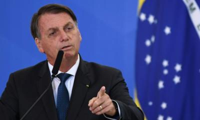 Bolsonaro critica fabricantes de seringas do Brasil por preços em alta